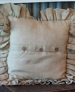 burlap_pillow[1]